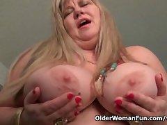 BBW milf Love Demiurge rubs her mature clit
