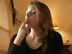 Hot Girl Masturbating and Squirts - Fapmill.com
