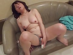 Amatuer Japanese Mature masturbates unsystematically sucks