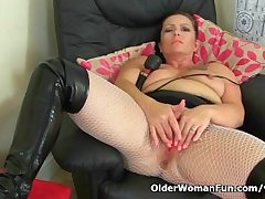 British milf Sam mill her clit on touching a huge vibrator