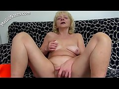 Sex-crazed mom carry the unassisted sex