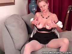 Of age lady needs relative to acquire off in pantyhose