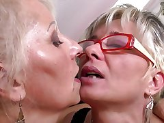 Arbitrary mature mothers at lesbian threesome