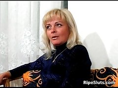 Slutty mature blonde sucks on dudes hard
