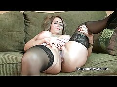 Grown-up battle-axe Sandie Marquez plays with her Latina pussy