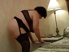 FRENCH MATURE 20 bbw mature dam milf younger hang on