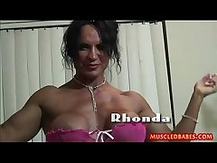 Weirdo fuck with oiled muscled milf