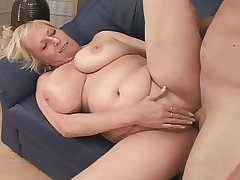 Blonde Adult fucks a guy