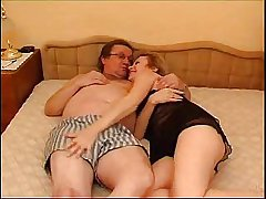 Mature reinforcer forth young reinforcer in bed
