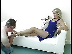 Median Matured Foot Mistress
