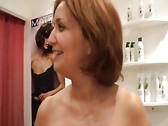 Sexy grown-up hairdresser