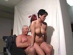 German mature woman sucking plus riding a guy