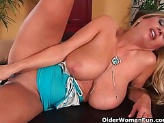 Gorgeous milf with obese tits fucks myself with a dildo