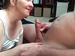 Granny with awesome blowjob talents