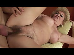 Aged mature GILF gets pussy pounded