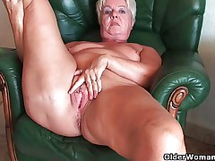 Seethe butt granny Sandie spreads venerable pussy (compilation)