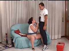 Sneezles Granny Et Le Plombier mature mature porn granny old cumshots cumshot
