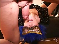 Cougar warm throat Palin35 from Naughty4You.com
