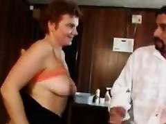 Chubby Adult Amateur Woman Makes A Porno