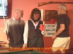 Age-old GRANNY amble SLUT at one's disposal burnish apply Unify HALL