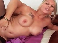 Hot Mature Tina Fucks In Stockings
