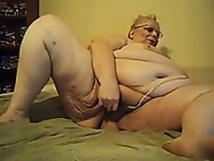 My Obese Mature Hubby Tests Her New Toy In Homemade Merely Clip