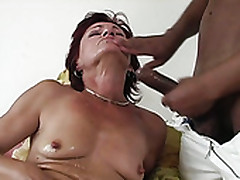 Disparaging Mature Mom Is Getting Brutally Mouth Fucked By Perverted Doctor