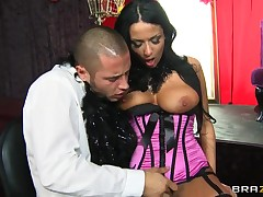 Hot mature Anissa Kate scruffy seduction of a hot guy!