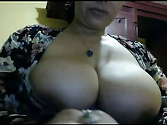 Big untalented tits homemade video of me masturbating