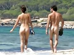 starkers beach walk