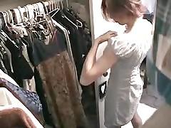 hidden cam,spycam,spying,bathroom,girl,tits,voyuer