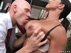 Johnny Sins got used to big-tittied custom