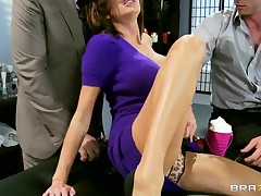 Veronica Avluv first time double intensively