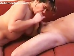 Private milf vid shows busty slut sucking my dong