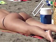 candid bikini beach girls