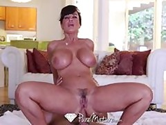 HD – PureMature Lisa Ann Gets Ass Fucked By Her Younger Man