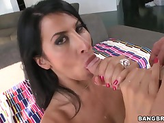 MILF Sophia Bella humongous deepthroat fellatio