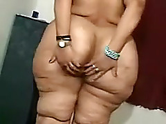 My arrant big beautiful non-specific wife demonstrates her curves on webcam