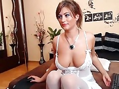 sweetkattye non-professional episode on 01/25/15 05:30 wean away from chaturbate