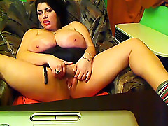 That insatiable fat livecam woman i'd like to fuck with huge scoops will take a lot