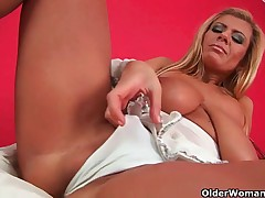 Dam knows how to give will not hear of pussy ultimate pleasure