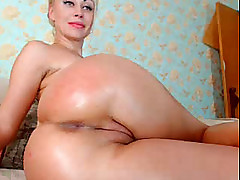 Watching blonde inexpert bringing off with anal dildo