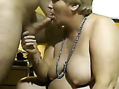 My blond fat beautiful bird dilettante hon looks rather hot via the time that engulfing my ramrod and fondling my balls, in our intimate sex tape.