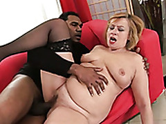 Young Black Stud Fucks Stubby Mature Bitch In Sideways Insincerity Hard