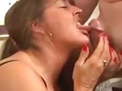 Sexy Mature Woman Taking A Good Pounding