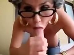 Mature Woman Loves Shindy Sucking