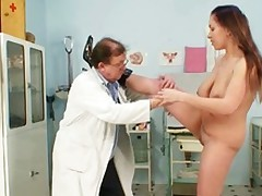 Busty Andrea Pussy Speculum Examination By Grown-up Gyno Doctor