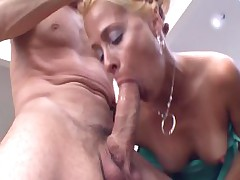 Payton Be transferred to Mature Deepthroat Slut Hd Porn Video