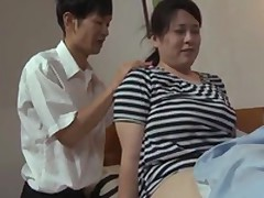 Gargantuan Mature Pussy Has Orgasms Forced Onto The brush By The brush Daughter