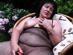 Thick Granny Masturbates Nearly A Dildo At large